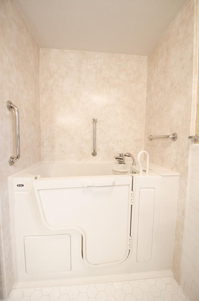 Complete Bathroom Remodel - Re-Bath Bathroom Remodel - Rebath Remodel - Myrtle Beach Bathroom Remodeler - Walk-in Shower - Durabath wall surround - Half bench shower - ada compliant bathroom - master bathroom remodel - walk-in tub - walk-in tub - tubs with doors