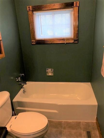 Before Re-Bath  Cedar Rapids, IA renovation